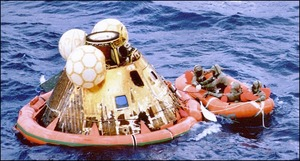 apollo-11-command-module-columbia-splashdown